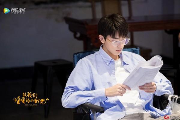 Lâm Nhất: Chàng diễn viên ấm áp, đẹp mã và chân thành trong 'Gửi thời thanh xuân ấm áp của chúng ta' 9