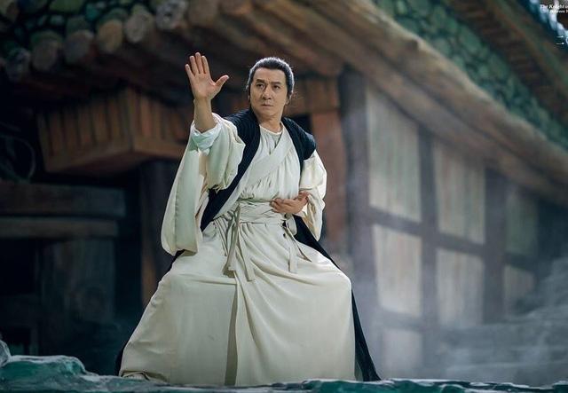 6 bộ phim kinh điển tạo nên danh tiếng lẫy lừng của Thành Long - Ảnh 9.