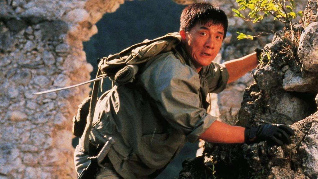 Nhung phim hanh dong xuat sac cua Thanh Long hinh anh 9