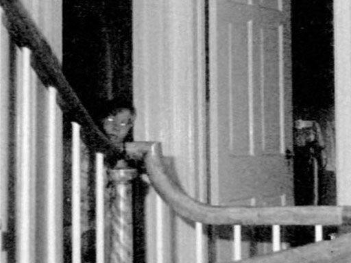 Những vụ án diệt quỷ nổi tiếng nhất của Lorraine Waren - Nhà ngoại cảm có thật trong vũ trụ kinh dị Conjuring